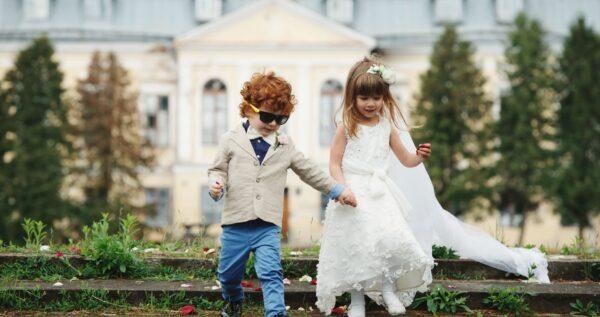 Weselna książeczka zabaw, czyli patent na atrakcje dla najmłodszych gości
