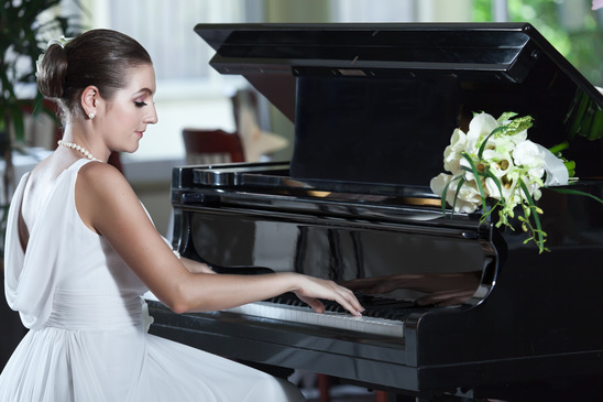 Akustyka sali weselnej – sprawdź, zanim zarezewujesz