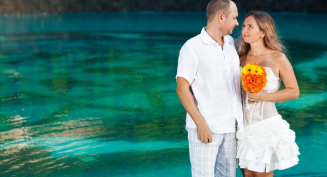 Krótka suknia ślubna – nie wypada czy warto?