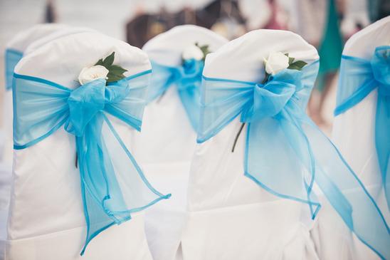 Coś niebieskiego? – kolor dekoracji sali weselnej