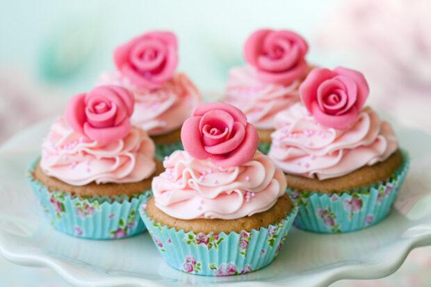 Kiedy podać tort na weselu?