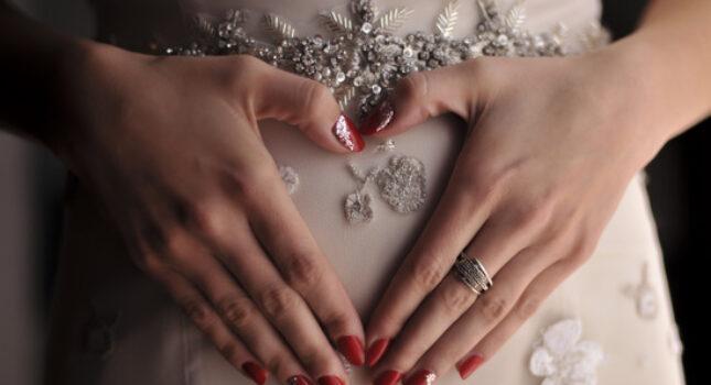 Panna Młoda w ciąży