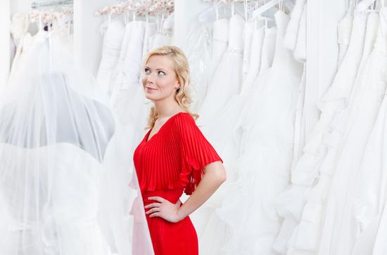 Suknia ślubna – pierwsze poszukiwania