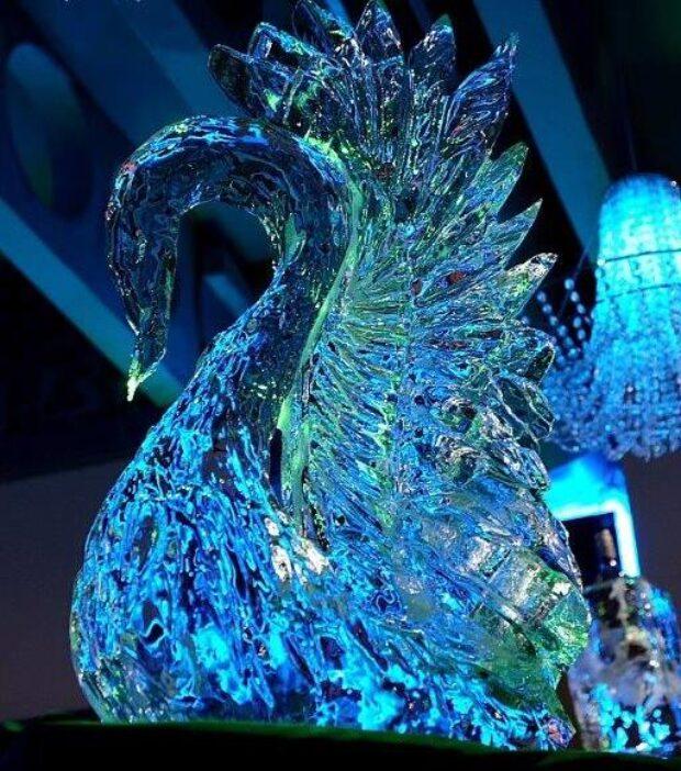 Rzeźby z lodu – atrakcje na wesele