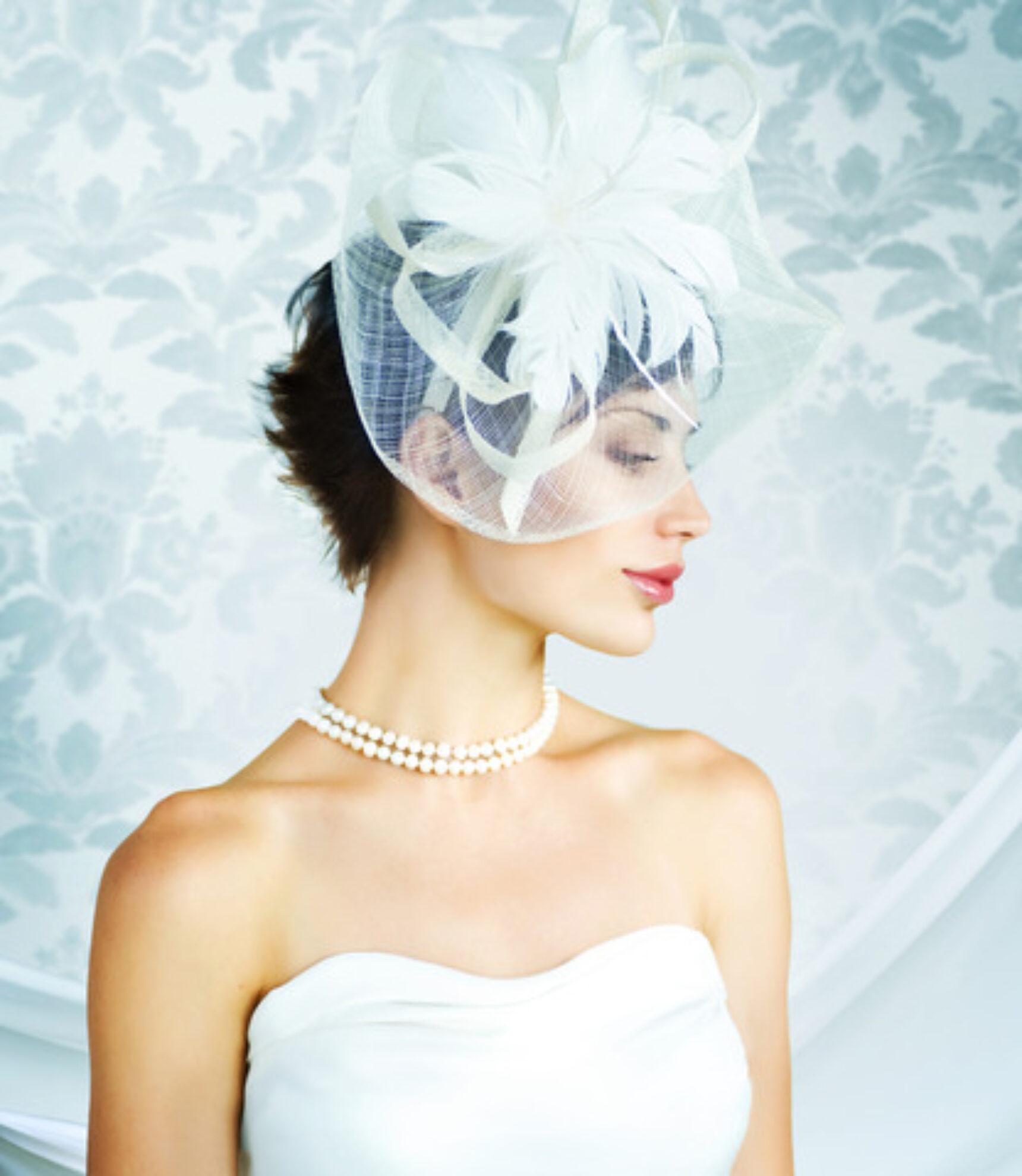 Fascynator do ślubu zamiast welonu
