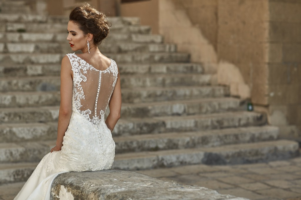 Trendy mody ślubnej
