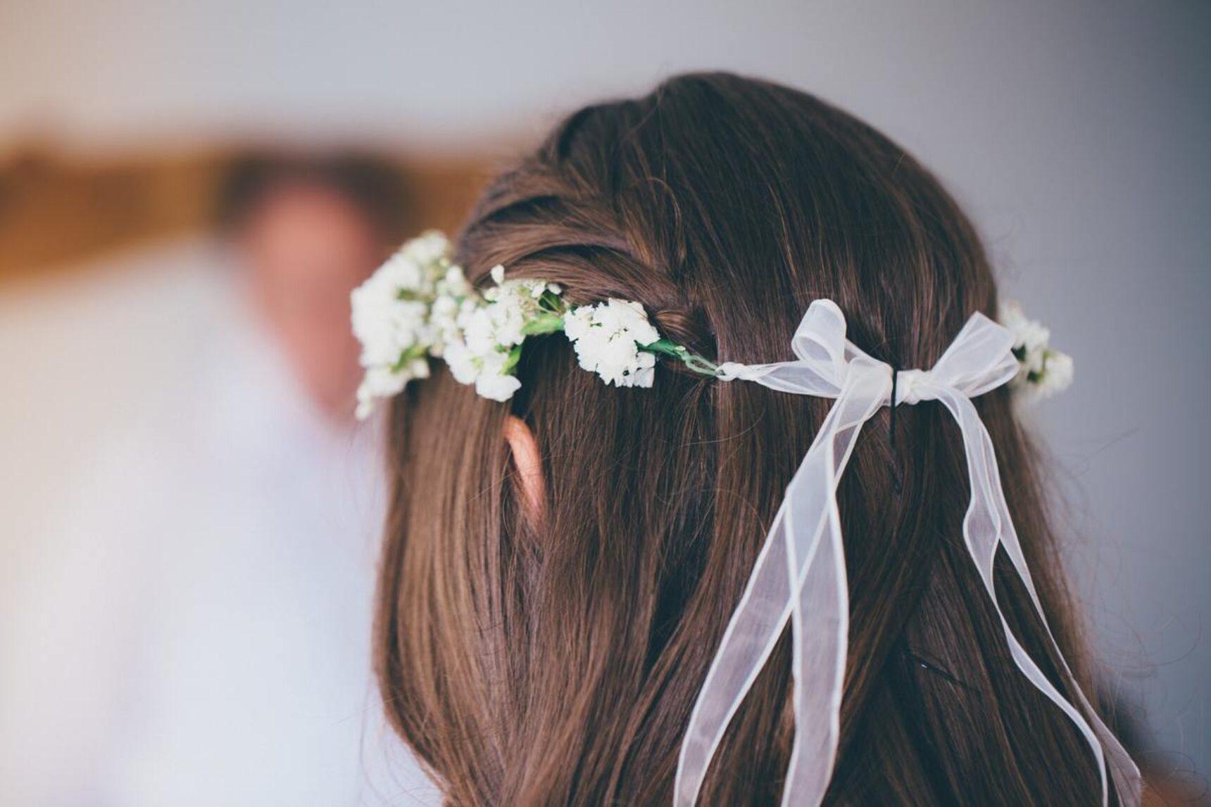 Wianek ślubny z żywych czy sztucznych kwiatów?