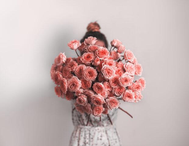 Znaczenie kwiatów – jakie uczucia możemy przekazać za ich pomocą?