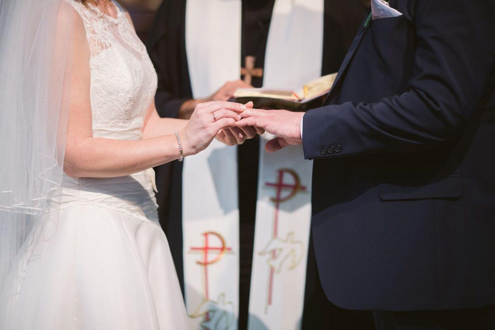 Protokół przedślubny – poznaj najważniejsze i najtrudniejsze pytania