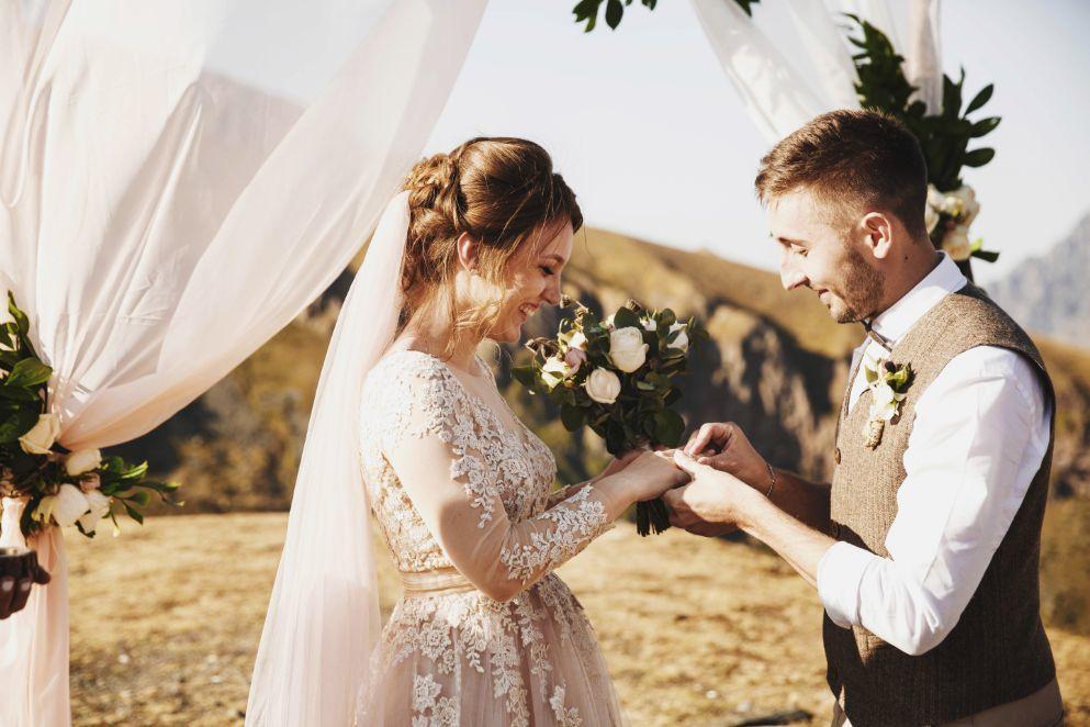 Zastanawiasz się nad ślubem cywilnym? Zobacz, o czym musisz koniecznie pamiętać!