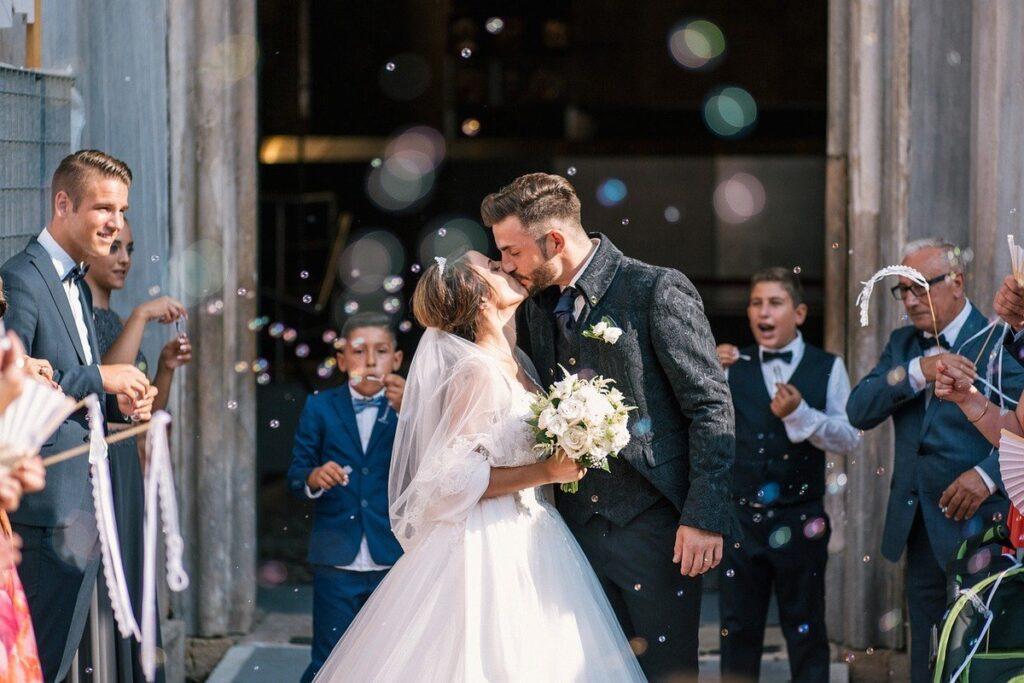 Kiedy wybrać się na spowiedź przedślubną – praktyczne porady