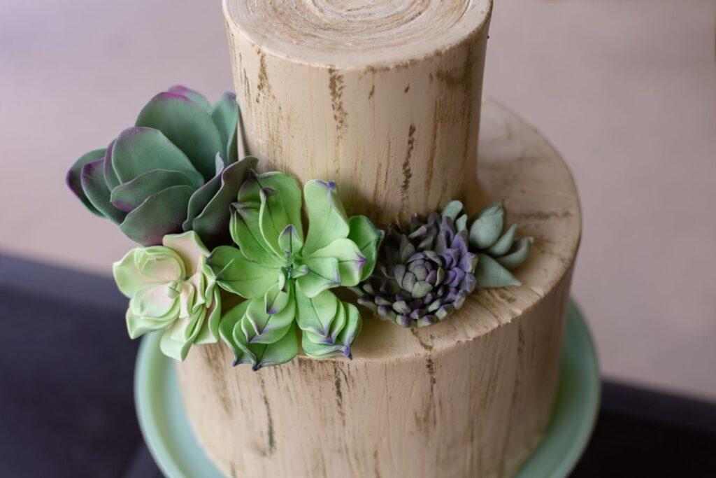 Tort weselny w klimacie leśnym