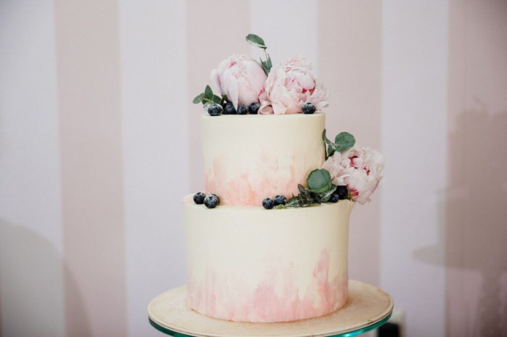 Tort weselny ombre