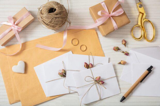Odmiana nazwisk na zaproszeniach ślubnych
