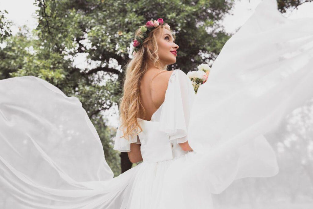 Wianek ślubny z róż