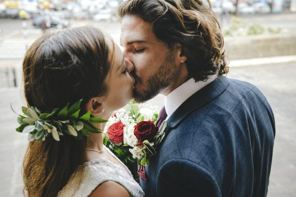 Noc poślubna pełna uniesień i wzruszeń? Zobacz, jak naprawdę wygląda ta wyczekiwana chwila