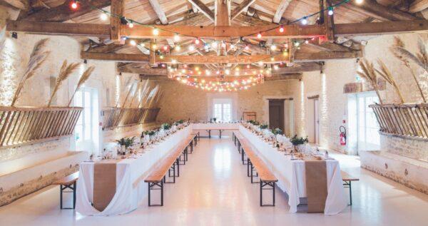 Niezwykłe dekoracje sali weselnej - jaki styl wybrać?