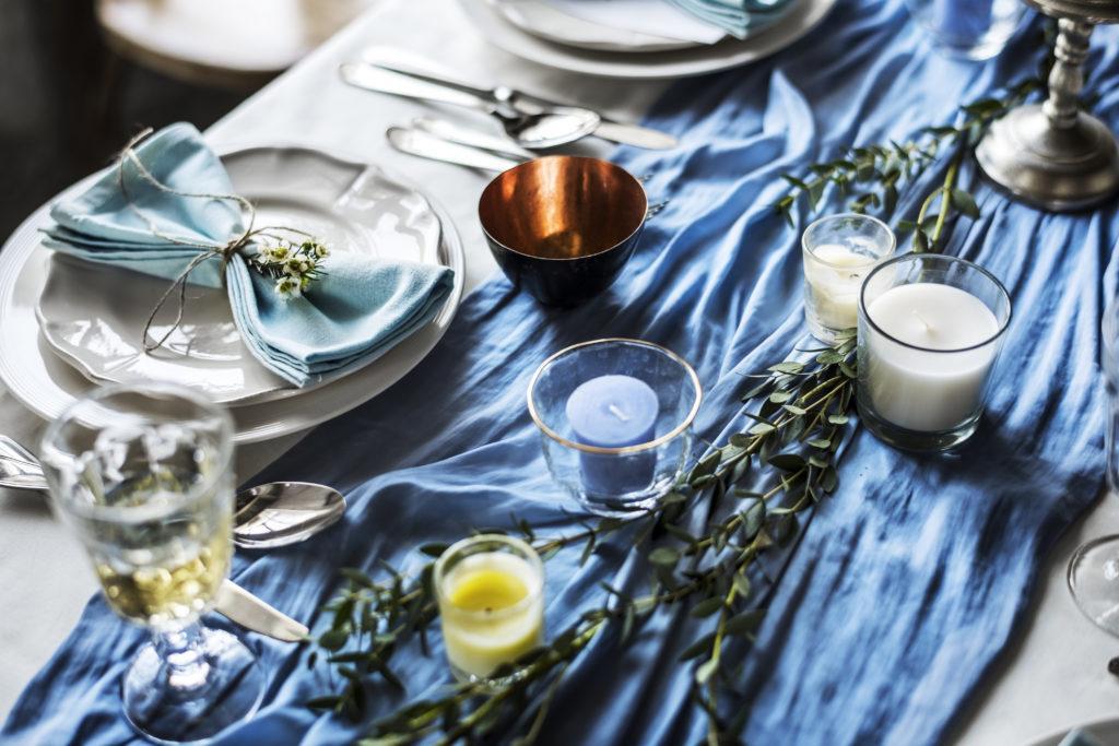 Jaki kolor przewodni wesela wybrać? Poznaj najnowsze trendy ślubne!