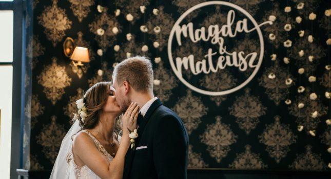 Trudne pytania i profesjonalne odpowiedzi - wszystko, co musisz wiedzieć o fotografii i wideo ślubnym!