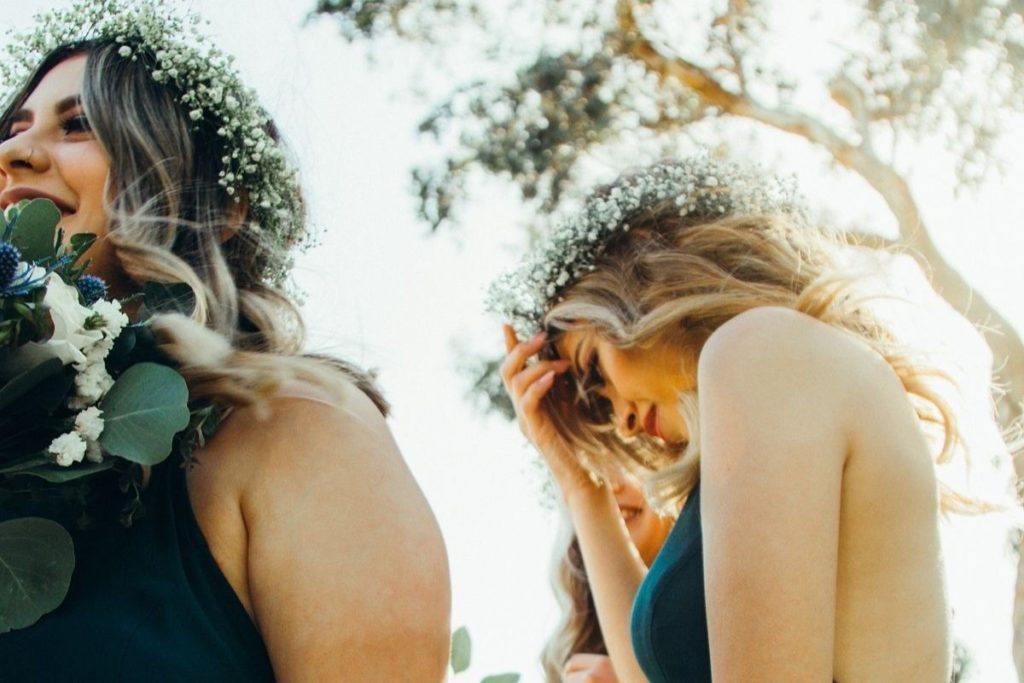 Rozpuszczone włosy jako fryzura na wesele
