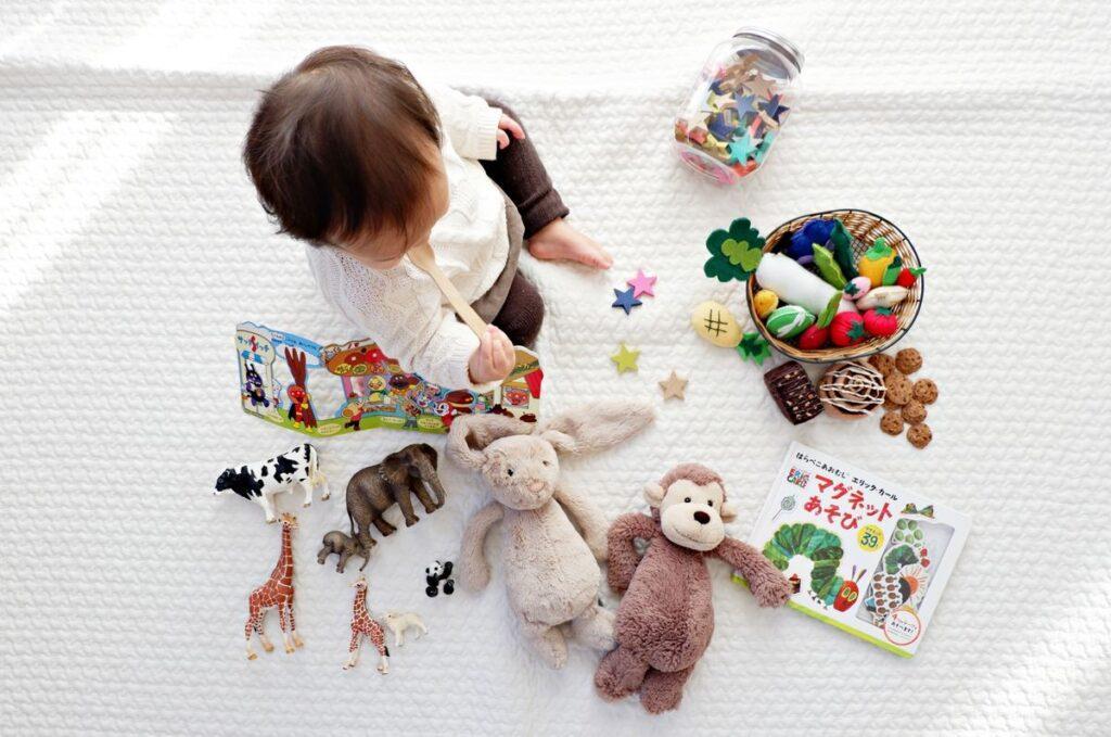 Wierszyki: zamiast kwiatów zabawki dla dzieci