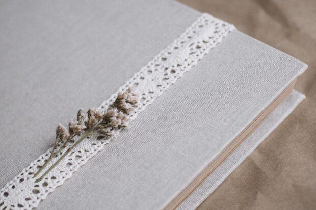 Śmieszne i wzruszające wpisy do księgi gości weselnych