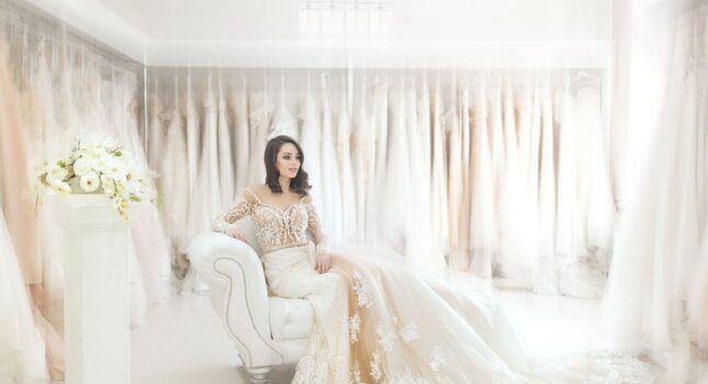 Idealna suknia ślubna z trenem - jak ją znaleźć?