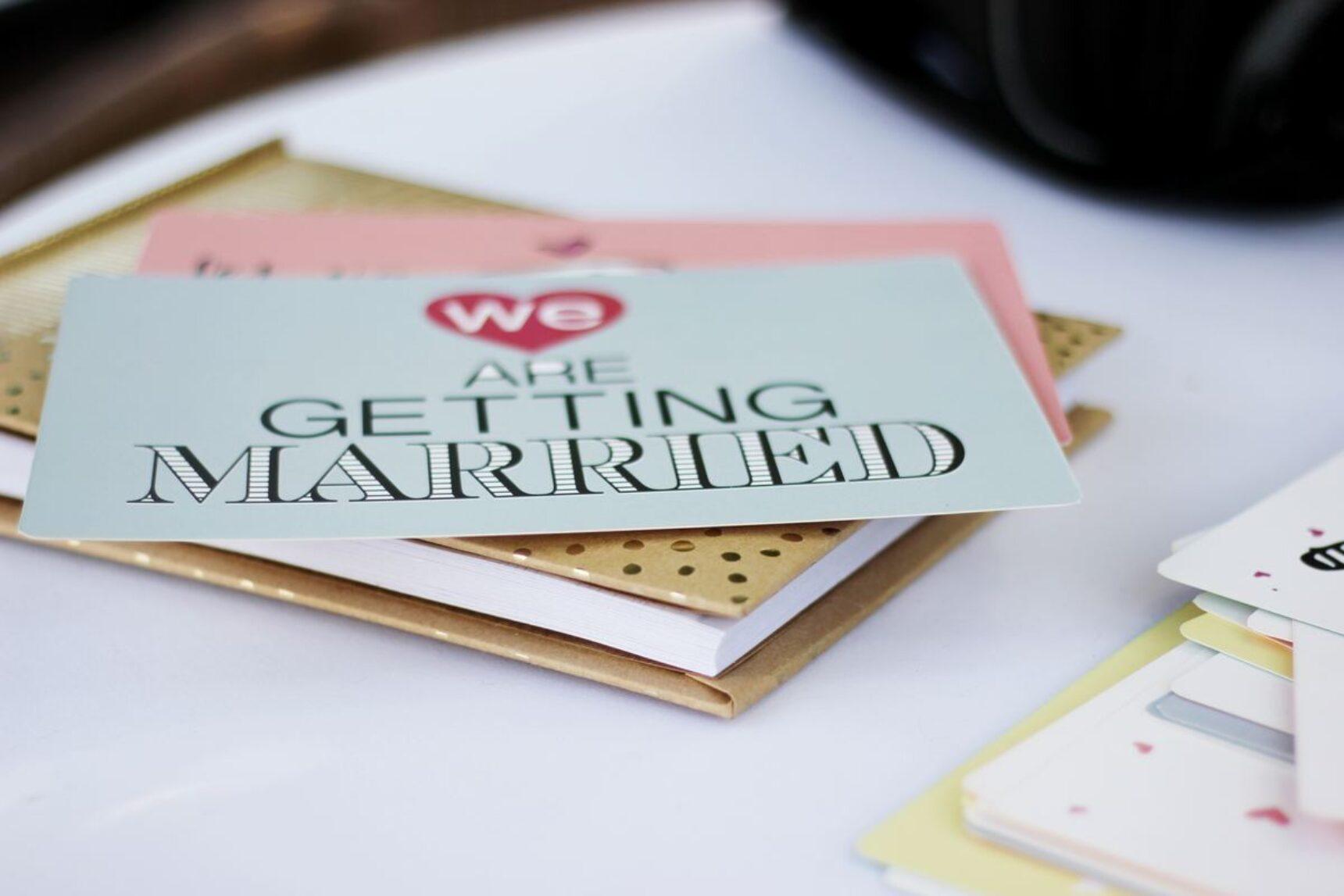 Jak goście odmawiają przyjścia na wesele? Te historie par młodych zaskakują!