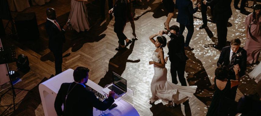 Idealna sala na wesele, czyli na co warto zwracać uwagę?