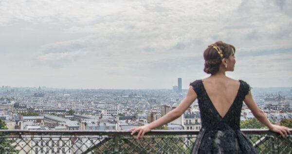 Czarna suknia ślubna – niebanalny wybór dla odważnej panny młodej