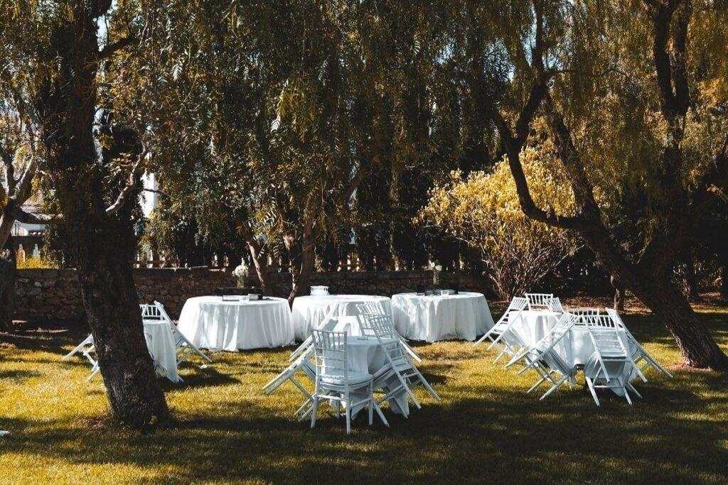 Okrągłe stoły na przyjęcie weselne