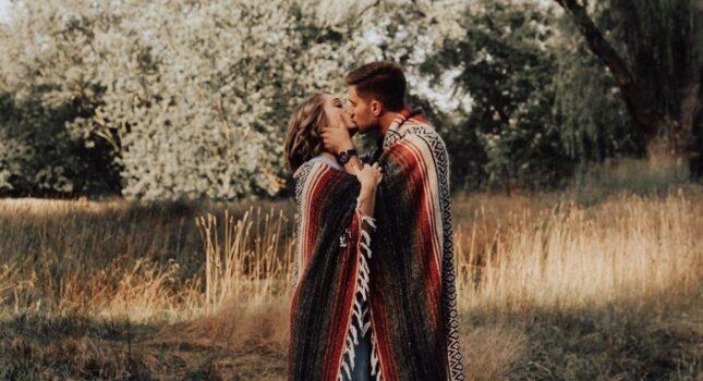 Czym jest miłość? Odpowiedzi na to pytanie może być wiele