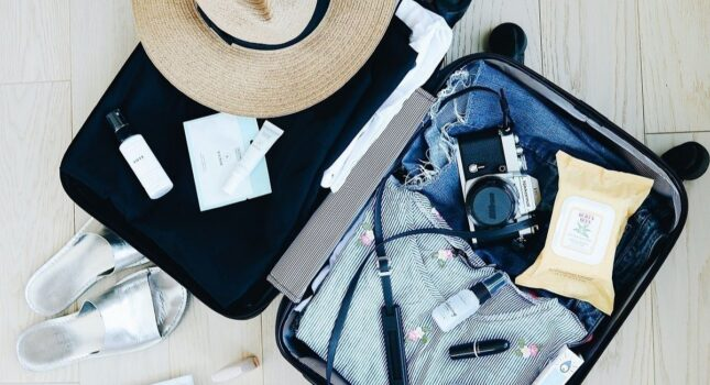 Co zabrać ze sobą na wakacje? O tych rzeczach lepiej nie zapomnieć!
