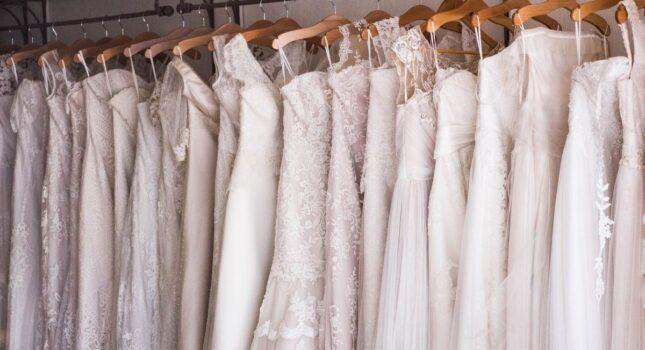 Najpopularniejsze rodzaje sukien ślubnych. Sprawdź, który pasuje do twojej figury!