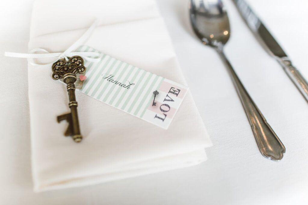 Winietka ślubna z kluczykiem