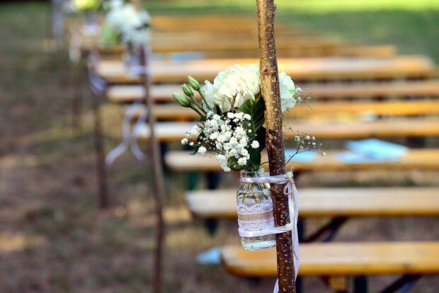 Gipsówka na ślub i wesele – poznaj jej wszystkie zastosowania!