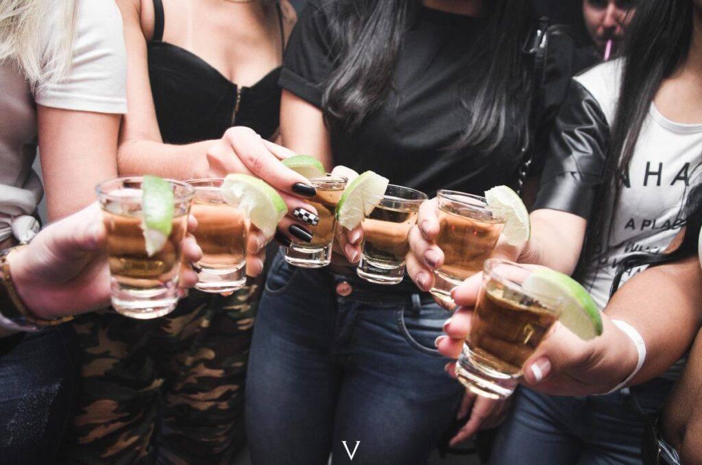 Drinki na wieczór panieński