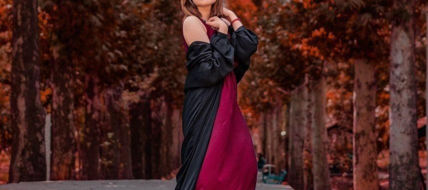 Jak dopasować dodatki do bordowej sukienki i wyglądać olśniewająco?