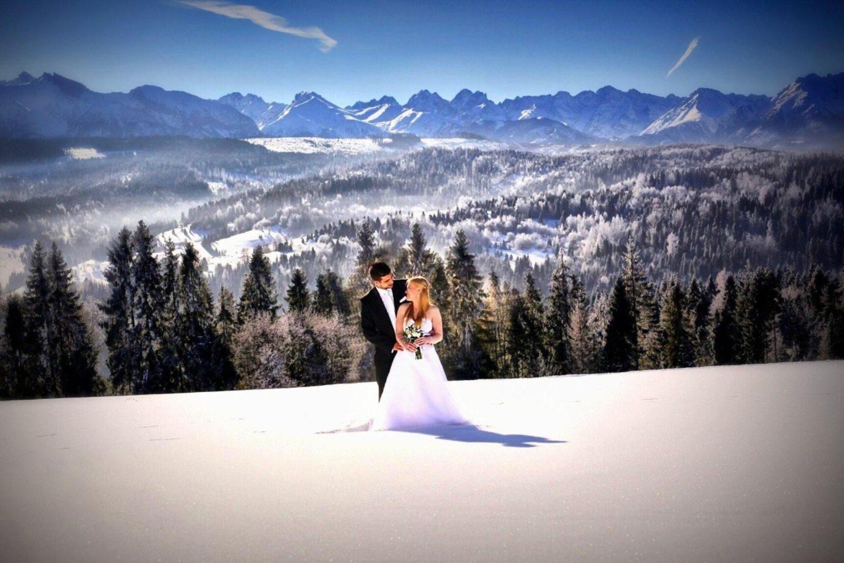 Unikalny pomysł na plener fotograficzno-filmowy? Wyjątkowa sesja i nagranie w zimowej scenerii!