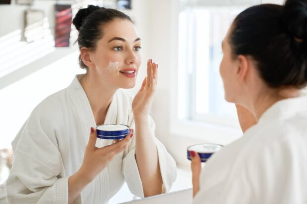 Odpowiednie oczyszczanie twarzy ratunkiem dla cery! Zacznij już dziś!