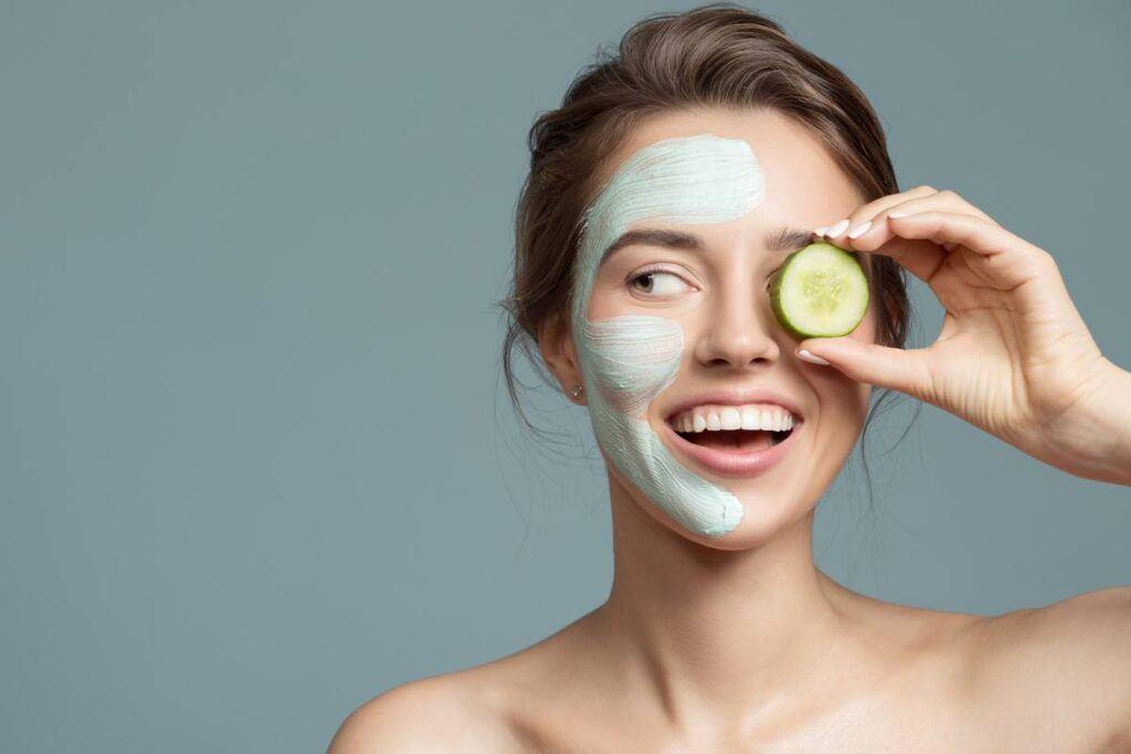 Maseczka z ogórków na oczyszczanie twarzy