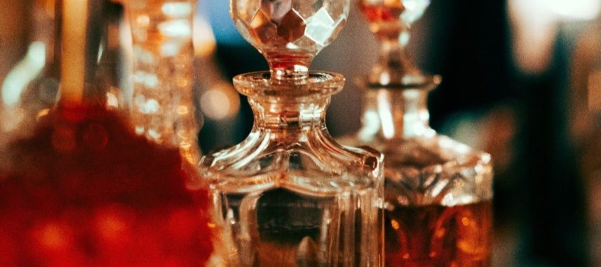 Woda toaletowa a perfumy – czym się od siebie różnią?