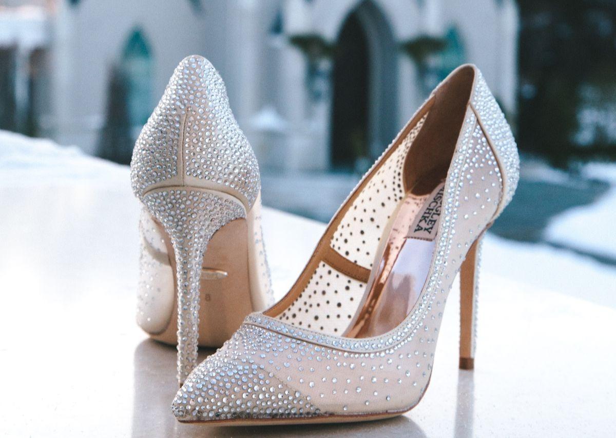 Srebrne buty ślubne z kryształkami
