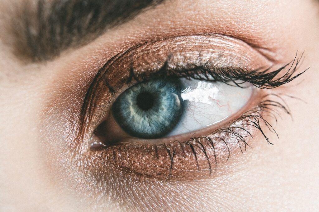 Makijaż dla niebieskiego oka