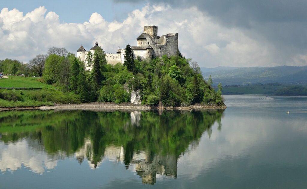 Podróż poślubna w Polsce - zamek Niedzice