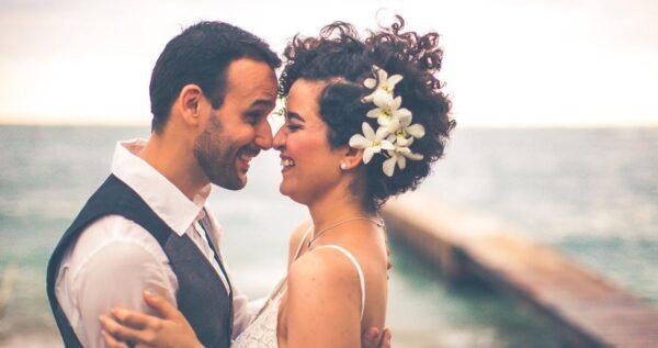 Romantyczne wesele nad morzem - poznaj plusy i minusy tego pomysłu