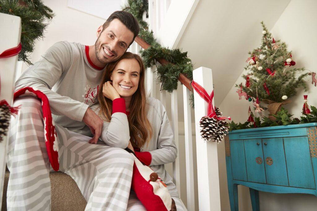 Piżamy świąteczne jako prezent dla dwojga