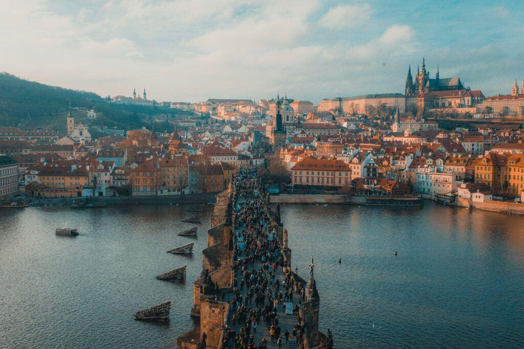 Most Karola, który warto zobaczyć w Pradze