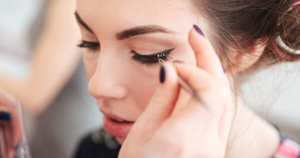 Kępki rzęs - prosty sposób na piękne oczy