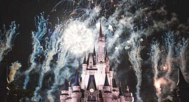 Suknie ślubne Disneya - kreacje, dzięki którym zorganizujesz bajkowe przyjęcie weselne!